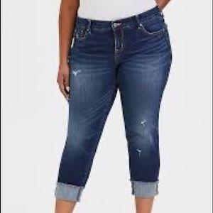Torrid Women's Medium Wash Frayed Hem Boyfriend Jeans Size 20
